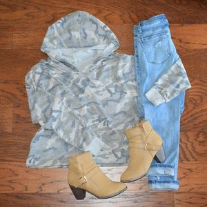 Charlotte Russe Camo Hoodie Sz Small NWOT